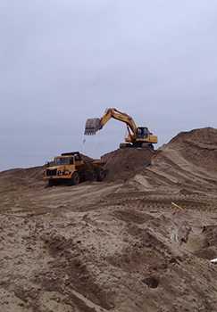 Dune building underway at Sea Bright, N.J. (Credit: Evan Lehmann)  Click to enlarge.