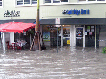 Shops with flooding in Miami