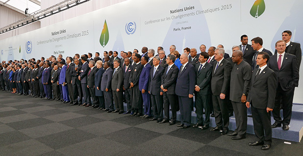 world leaders at climate talks in Paris