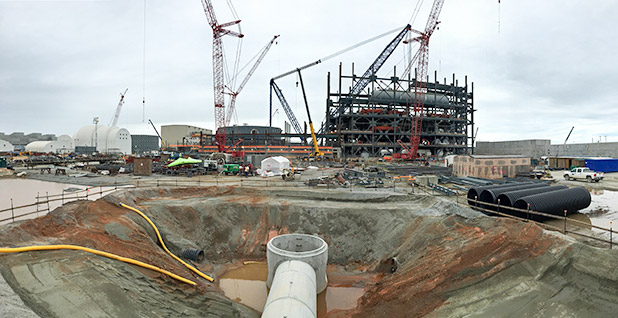 Construction of twin nuclear reactors in Jenkinsville SC