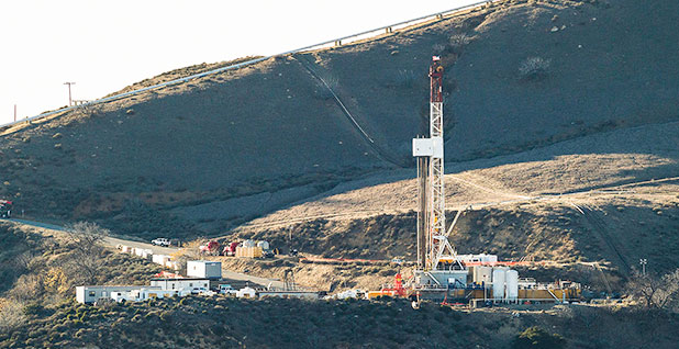 A Natural Gas Well At Southern California Cos Vast Aliso Canyon Facility Two Months After The Discovery Of Massive Methane Leak