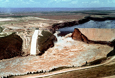 Teton Dam failure