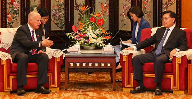 California Gov. Jerry Brown and Sichuan provincial party secretary Wang Dongming. Photo credit: @GovPressOffice/Twitter