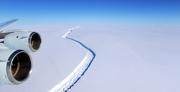 Larsen C ice sheet in Antarctica from plane.Photo credit: NASA/John Sonntag