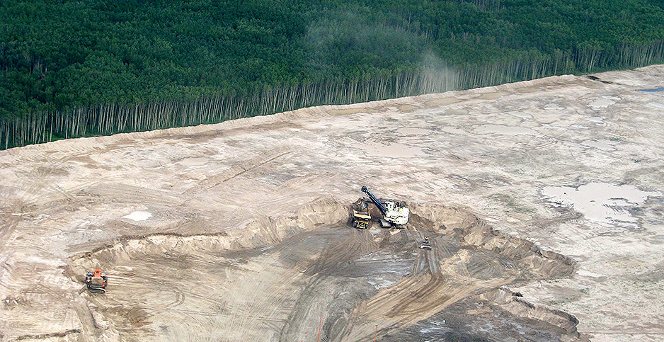 Open cast mining near Fort McMurray, Alberta, Canada. Photo credit: Emily Beament/Associated Press