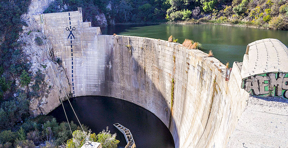 WESTERN WATER: How a useless dam nearly destroyed an ...