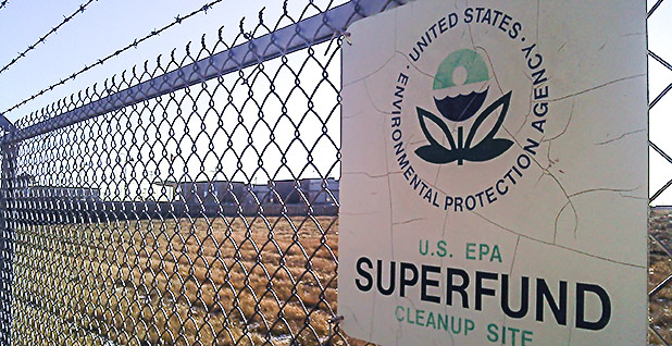 EPA superfund sign. Photo credit: markzvo/Wikipedia
