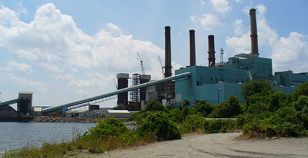 Brayton Point Power Station. Photo credit: Wikimaster97commons/Wikimedia Commons