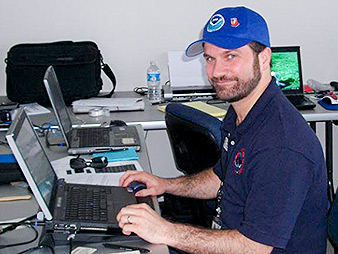 Mark Pellerito working at a computer. Photo credit: Special E&E News