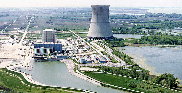Davis-Besse Nuclear Power Station in Ohio. Photo credit: Nuclear Regulatory Commission/Wikipedia
