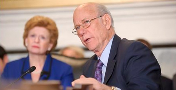 Sens. Pat Roberts (R-Kansas) and Debbie Stabenow (D-Mich.). Photo credit: Roberts/U.S. House