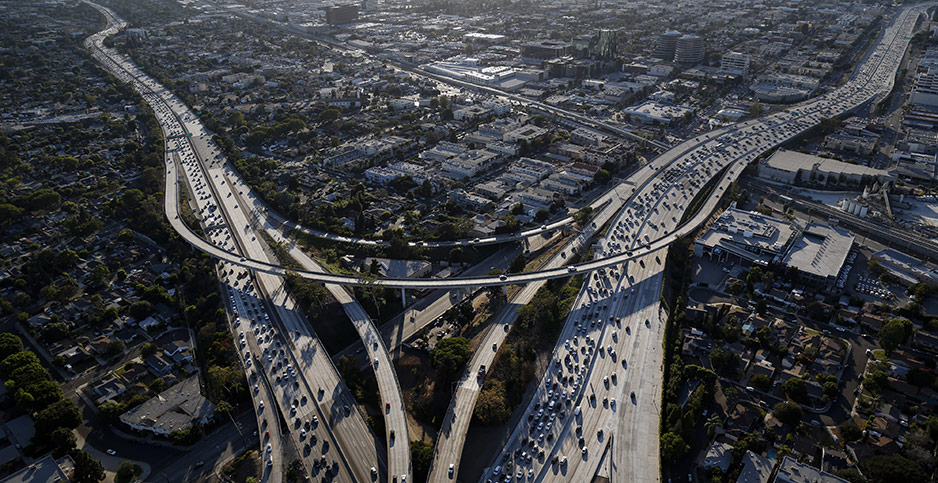 Los Angeles traffic. Photo credit: Patrick T. Fallon/Bloomberg