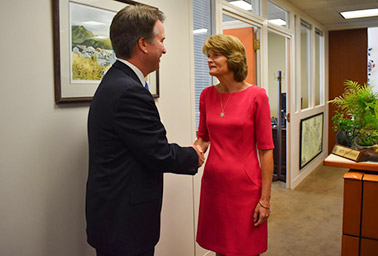 Sen. Lisa Murkowski (R-Alaska) and Judge Brett Kavanaugh. Photo credit: @lisamurkowski/Twitter