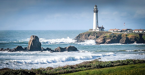 Ocean coastline in San Mateo County, Calif. Photo credit: Charlie Day/Flickr