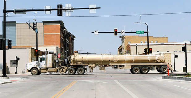 oil truck in Williston north dakota. Photo credit: Andrew Cullen/Reuters/Newscom