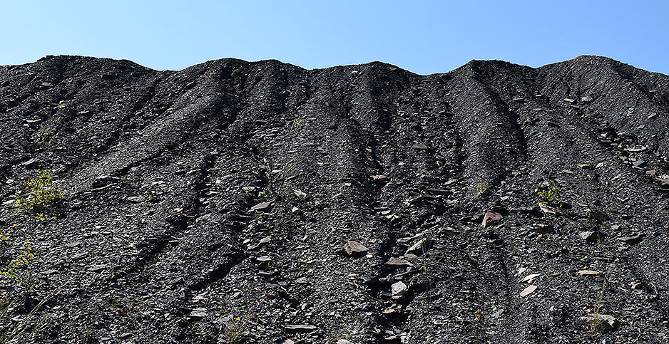 Coal refuse pile. Photo credit: Dylan Brown/E&E News