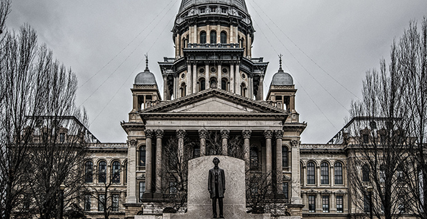 Illinois Capitol. Photo credit: Jeff Sharp/Flickr