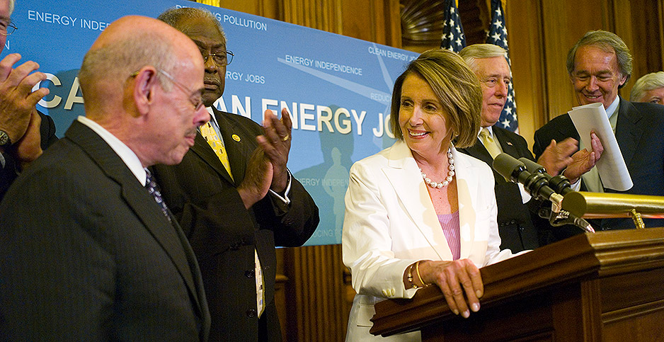 House Speaker Nancy Pelosi (D-Calif.) celebrates the passage of major climate legislation in June 2009. Photo credit: Scott J. Ferrell/Congressional Quarterly/Newscom