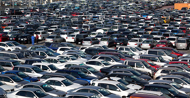 Parked cars. Photo credit: Laitr Keiows/Wikimedia Commons