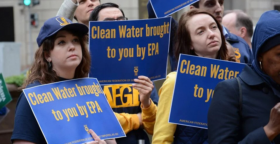 EPA: Union girds for battle as agency sets new contract -- Wednesday