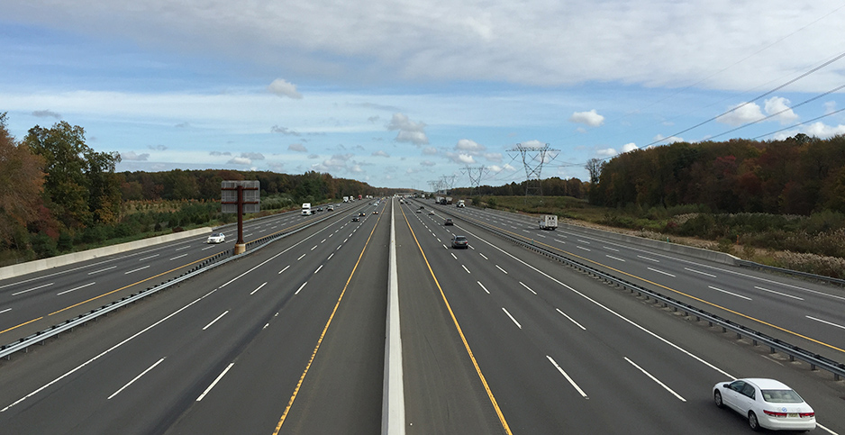 New Jersey turnpike. Photo credit: Famartin/Wikimedia Commons