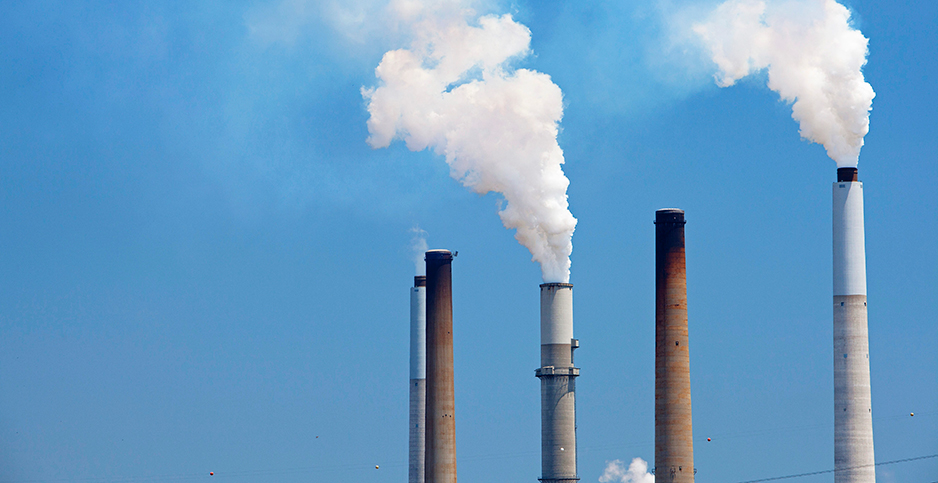 Emissions from a coal-fired plant in Kentucky. Photo credit: Jim West/agefotostock/Newscom