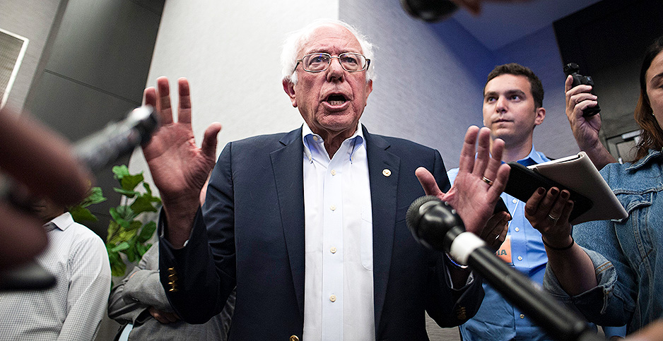 Bernie Sanders in Iowa. Photo credit: Jeff Topping/Polaris/Newscom