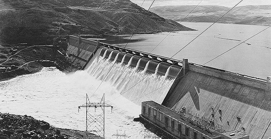 1942 photo of Grand Coulee Dam (before forebay construction). Photo credit: Library of Congress/Farm Security Administration/U.S. Bureau of Reclamation