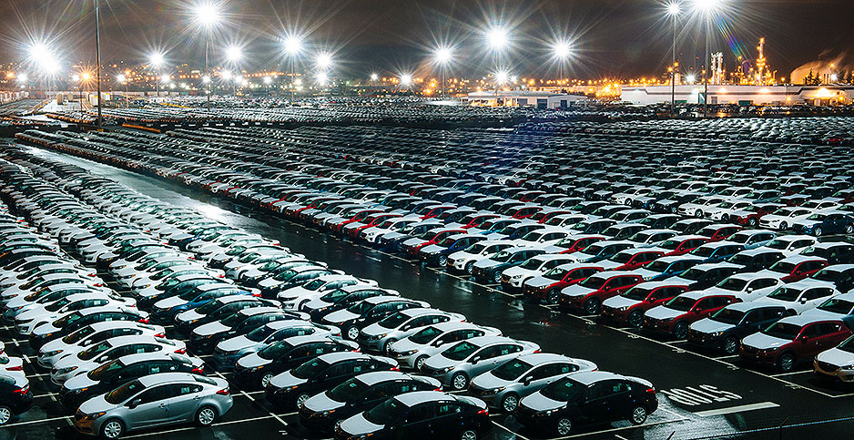 New cars sitting in a parking lot in Washington state. Photo credit: Pete Saloutos Image Source/Newscom