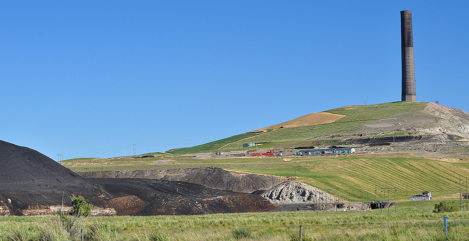 The Anaconda Smelter stack and surrounding Superfund area in Montana. Photo credit: Orin Blomberg/Flickr