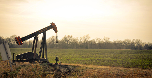 Oklahoma oil pumpjack. Photo credit: Sarah Nichols/Flickr