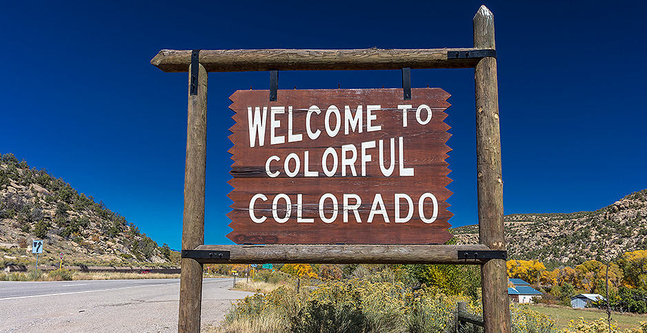 Welcome to Colorado sign. Photo credit: Joe Sohm - Visions of America Visions of America/Newscom