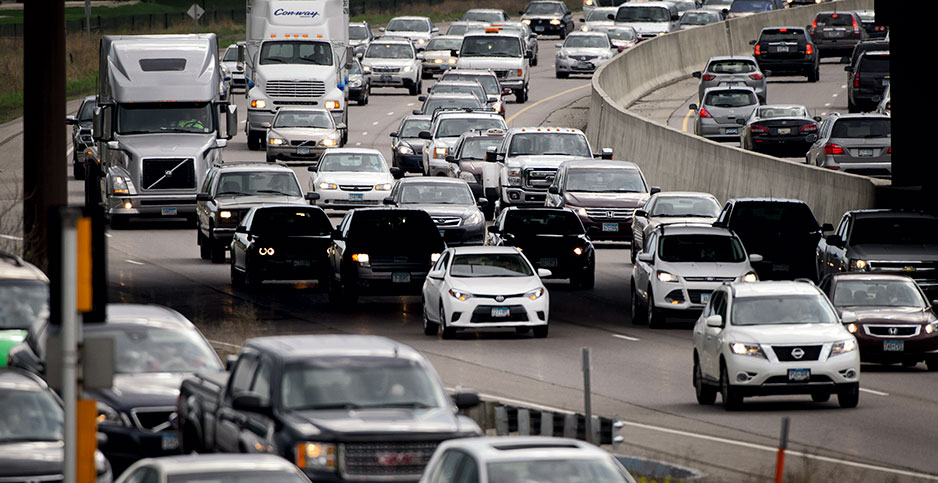 Traffic snarls to a halt in Bloomington, Minn. Photo credit: Glen Stubbe/ZUMA Press/Newscom