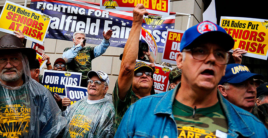 The United Mine Workers of America rally outside EPA in 2014. Photo credit: Jonathan Ernst/REUTERS/Newscom