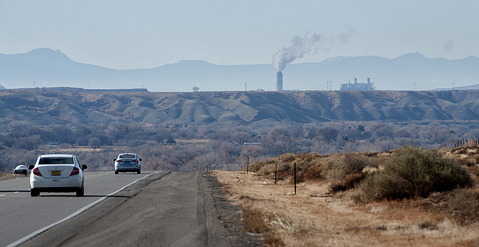 The Four Corners Generating Station. Photo credit: Eddie Moore/ZUMA Press/Newscom