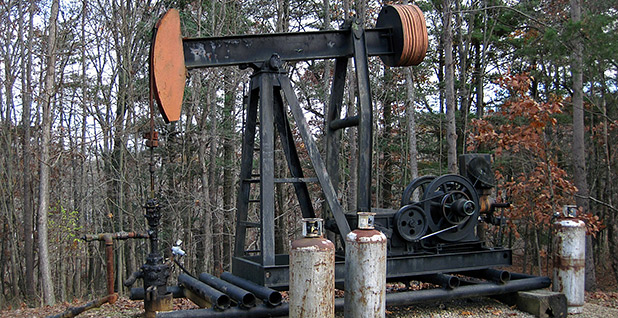 Ohio oil well. Photo credit: James St. John/Flickr