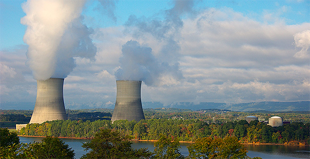 Eastern Tenn. nuclear plant. Photo credit: Photorush/Wikimedia Commons