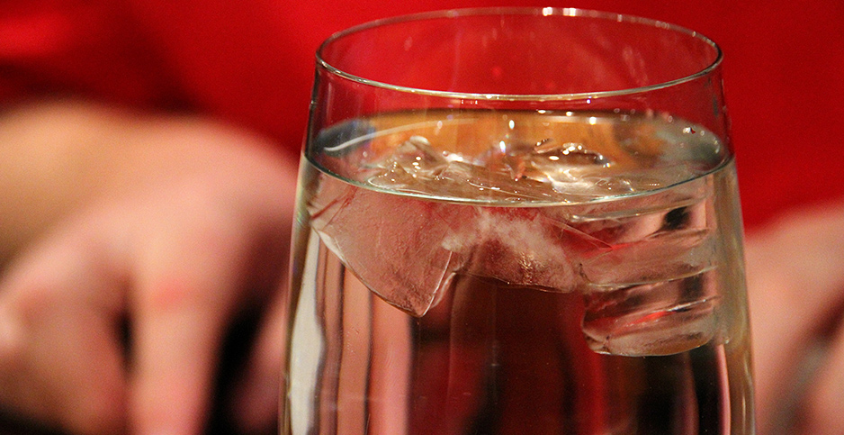 A glass of water. Photo credit: Miss Shari/Flickr