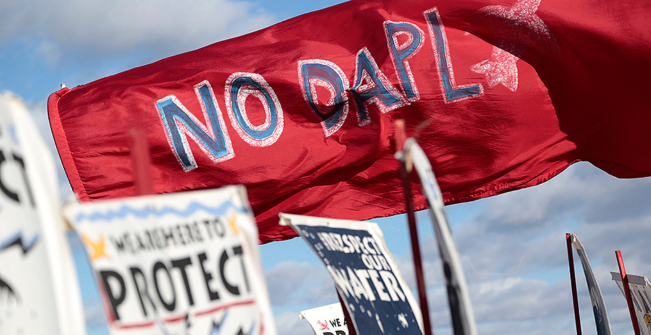 Anti-Dakota Access signs and banners. Photo credit: Terray Sylvester/VWPics/agefotostock/Newscom