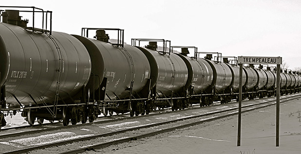 Oil by rail cars. Photo credit: Roy Luck/Flickr
