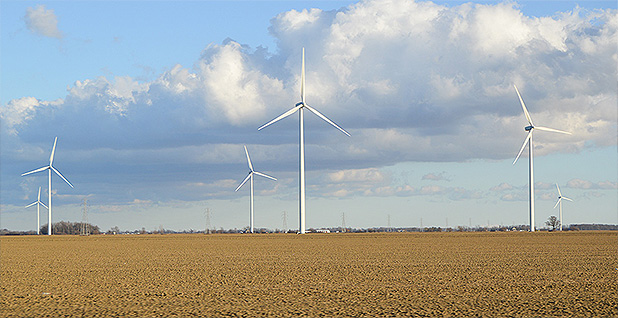 The Blue Creek Wind Farm in Ohio. Photo credit: Nyttend/Wikimedia
