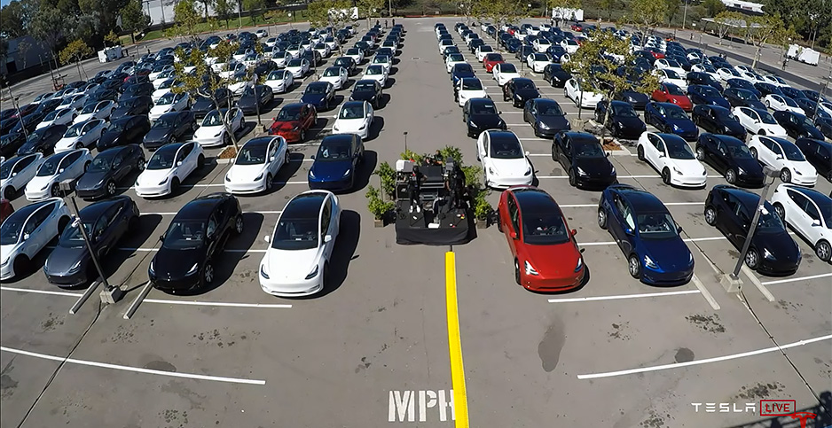 Electric vehicles lined up outside Tesla, Inc., factory in California. Photo credit: Tesla/YouTube