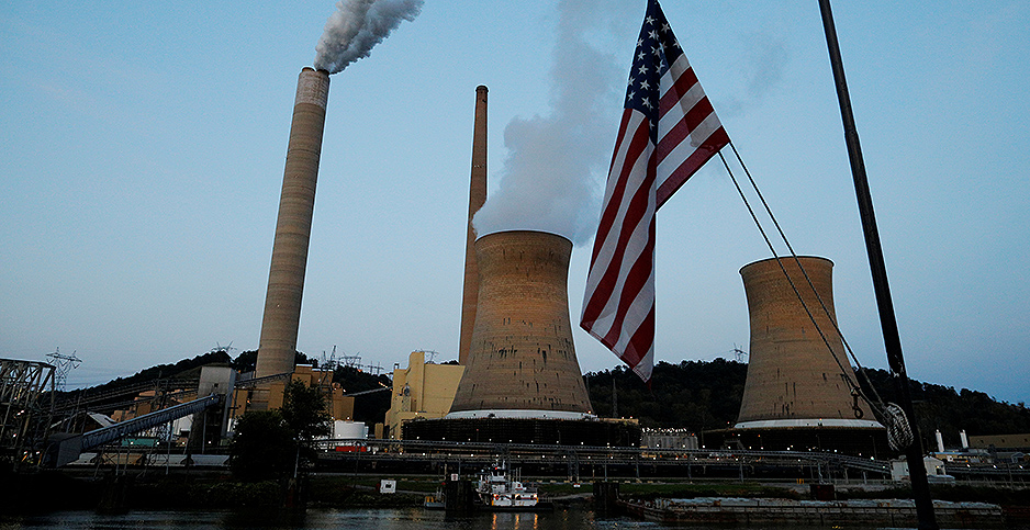 Coal-fired power plant in West Virginia. Photo credit: Brian Snyder/Reuters/Newscom