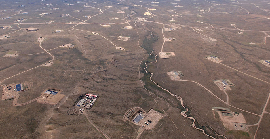 Jonah gas field in Wyo. Photo credit: Steve Deslich/KRT/Newscom