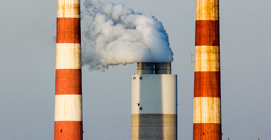 Coal-fired power plant in Md. Photo credit: Chesapeake Bay Program/Flickr
