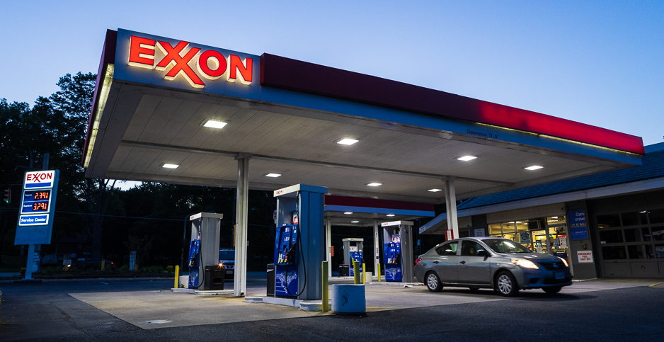 Exxon gas station. Photo credit: Francis Chung/E&E News