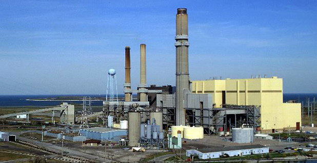 Coal power plant in Michigan. Photo credit: Consumers Energy/Flickr