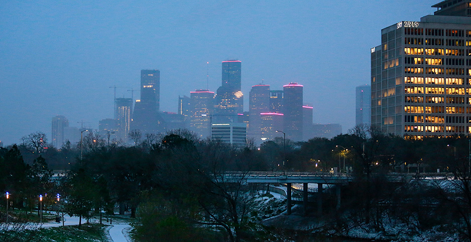 Snow blankets Houston. Photo credit: Reginald Mathalone/NurPhoto via AP