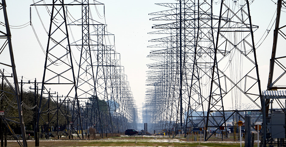 Texas transmission lines. Photo credit: AP Photo/David J. Phillip
