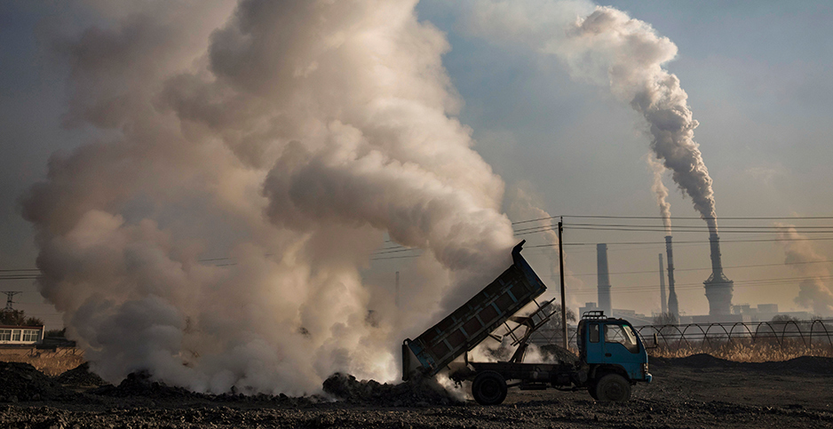 Chinese steel plant. Photo credit: Kevin Frayer/Getty Images
